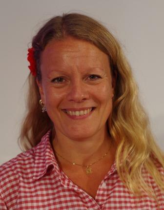 Pia Fagerberg Svanqvist Pia brinner för sitt arbete med ungdomsmusikarbete och landsbygdens fortlevnad och utveckling. Hon försöker stärka varje körmedlems ... - pia15